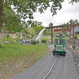 Un Yukon Trucks au parc d'attraction Le PAL